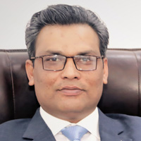 Dr. Asif Munawar